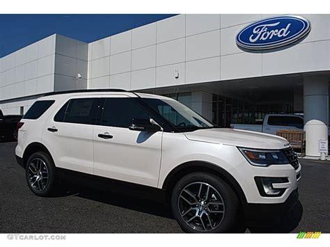 2016 White Platinum Metallic Tri-coat Ford Explorer Sport