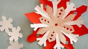 Flocon De Neige En Papier Facile Maternelle : les d corations de noel en papier une activit facile faire avec les enfants grandir avec ~ Melissatoandfro.com Idées de Décoration