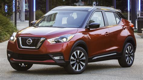 nissan kicks 2017 red nissan kicks b segment crossover makes us debut