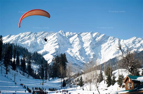 solang valley  manali    hold