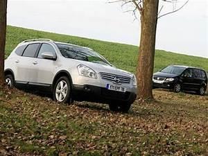 Nissan Qashqai 7 Places : nissan qashqai 2 volkswagen touran 7 places nissan qashqai 2 volkswagen touran 7 places ~ Maxctalentgroup.com Avis de Voitures