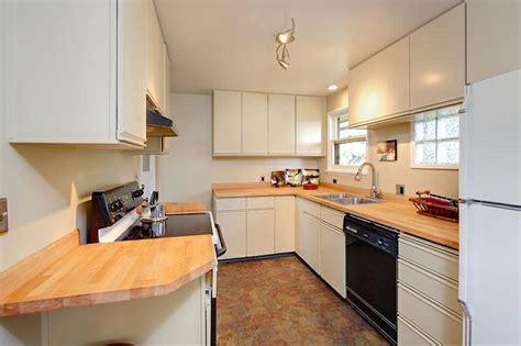 laminate kitchen cabinet doors laminate cabinet doors replacement roselawnlutheran