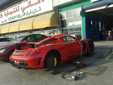 Exotic Car Tire Change