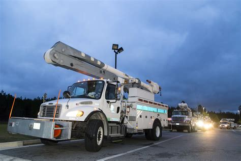 florida power and light careers fpl sends crews to nyc to support anticipated power