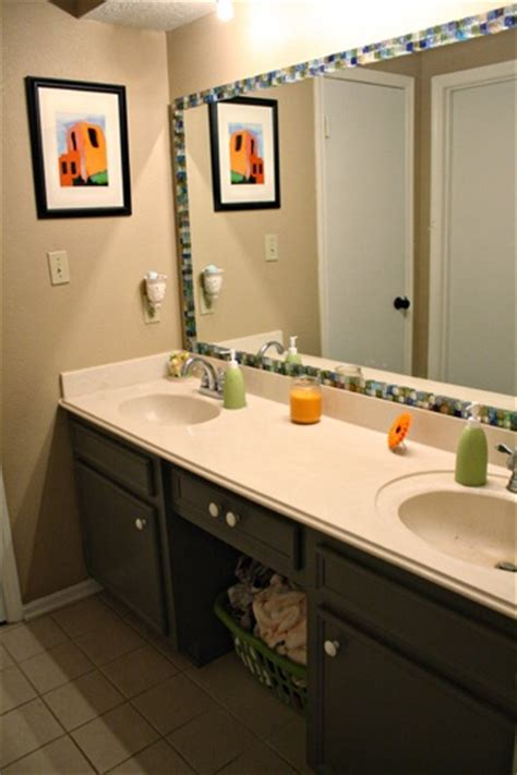Mirror Borders Bathroom by 1000 Images About Mirror Border Ideas On