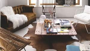 beautiful loft interior design house of annabel gueret With tapis de gym avec canapé peau de vache