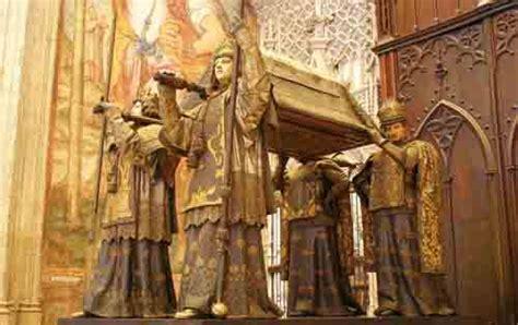 tumba de colon la guia de historia del arte