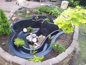 Gartenteiche Aus Kunststoff : wasserbiotop im garten google suche garden diy pinterest fertigteich teichbau und teich ~ Orissabook.com Haus und Dekorationen