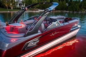 Excalibur Elite Windshield Pontoon Boat