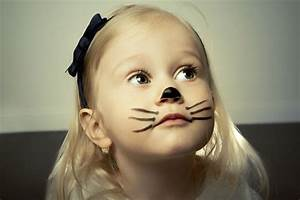Maquillage Simple Enfant : 10 maquillages faciles r aliser maquillage enfant pinterest maquillage enfant ~ Melissatoandfro.com Idées de Décoration