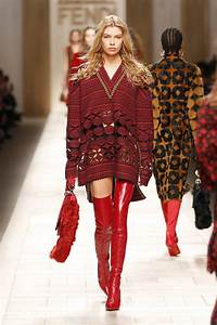 FENDI FALL WINTER 2017-18 WOMEN'S COLLECTION | The Skinny Beep