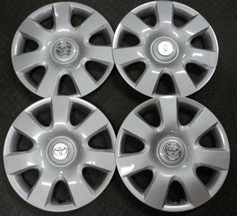 Toyota Hubcaps by Toyota 15 Quot Hubcap 4 Pc Set Wheel Cover Oem Replica 61115