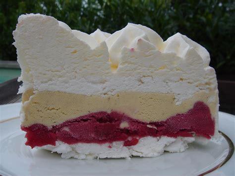 dessert fraise meringue chantilly vacherin glac 233 de christophe felder les recettes de pierrette