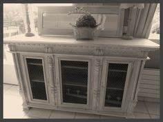 Relooker Un Meuble En Pin Pour Lui Donner Un Côté Contemporain : meuble buffet patin gris perle blanc poudr plateau et ~ Carolinahurricanesstore.com Idées de Décoration
