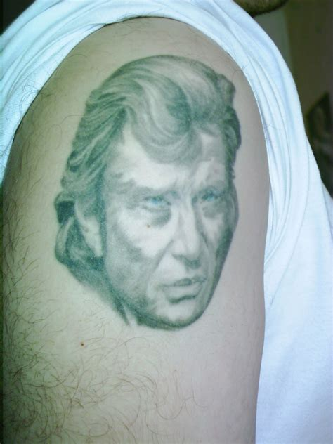 tatouage johnny hallyday