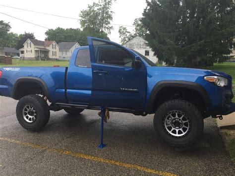 Floor For Lifted Trucks by What Floor Should I Buy Page 2 Tacoma World