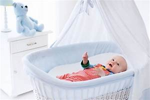 Wann Babyzimmer Einrichten : was braucht man f rs babyzimmer grundausstattung tipps ~ A.2002-acura-tl-radio.info Haus und Dekorationen