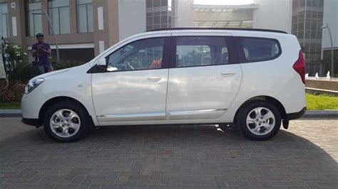 renault lodgy specifications renault lodgy features and specifications explained