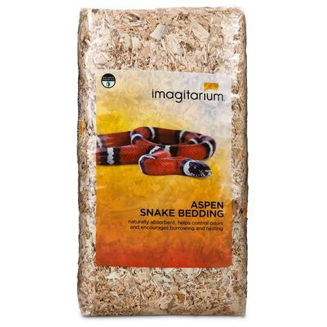 Aspen Bedding For Snakes by Imagitarium Aspen Snake Bedding Petco