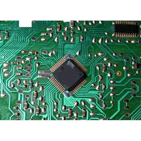 Electronic Integrated Circuit Piece