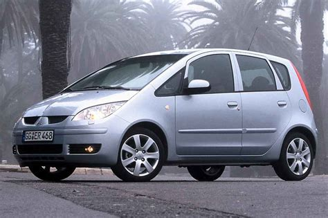 2006 Mitsubishi Colt Photos, Informations, Articles