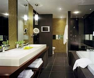 Hilton Hotel Bathroom - basins, wall hiding loro, glass ...