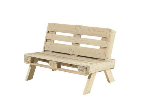canapé avec des palettes canapé de jardin en palette en bois