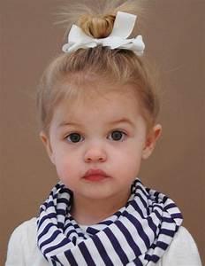 Photo De Bébé Fille : coiffure b b fille des id es faciles pour 1 et 2 ans ~ Melissatoandfro.com Idées de Décoration