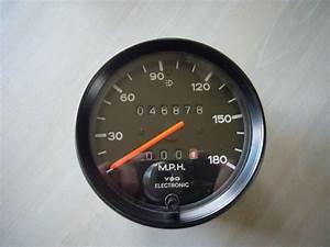 180 Mph Electronic Vdo Speedometer