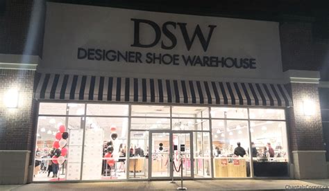 dsw designer shoe warehouse dsw vip grand opening event in ottawa chantal s corner