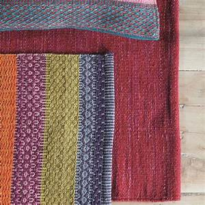 tapis moderne ligne pure laine rouge flatweave 140 x 200 With tapis pure laine