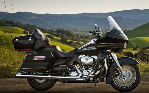 Review Harley Davidson Cvo Road Glide by Bike World Express 2011 Harley Davidson Cvo Road Glide