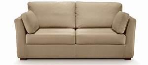 Canapé Très Confortable : madeleine bien que peu profond ce canap est tr s confortable canap s studio ~ Teatrodelosmanantiales.com Idées de Décoration