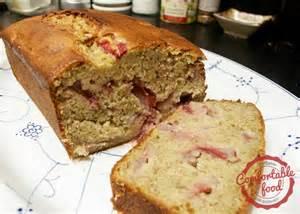 Easy Strawberry Banana Bread