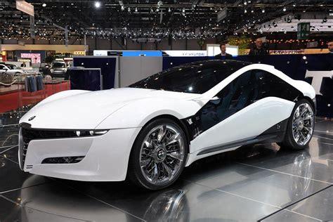 Raro Alfa Romeo Pandion Avistado No Dubai