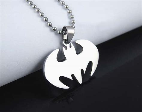 necklace batman bat pendant  black leather chain