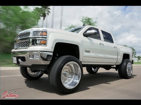cleanest lifted set     gas truck