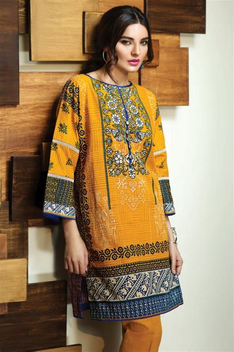 Khaadi Winter Wear Dresses Design 2016-2017 Collection for ...