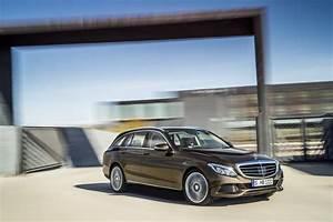 Mercedes Benz Classe C Break : mercedes classe c break plus de coffre et des astuces pour l 39 estate photo 31 l 39 argus ~ Melissatoandfro.com Idées de Décoration