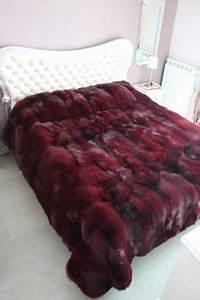 Tagesdecken Für Betten : flauschige tagesdecken f r betten kuschelig und gem tlich wei es bett ~ Markanthonyermac.com Haus und Dekorationen