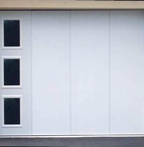Porte Coulissante Isolante Thermique : porte de garage sectionnelle motorisee coulissante laterale avec hublot isolation thermique ~ Melissatoandfro.com Idées de Décoration