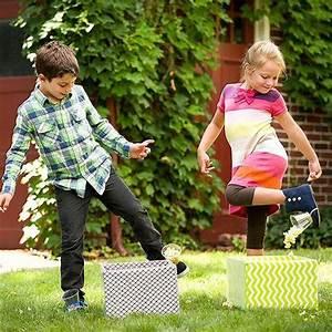 Spiele Für Draußen Kindergeburtstag : 32 ridiculously fun outdoor games for kids spiele pinterest ~ Frokenaadalensverden.com Haus und Dekorationen