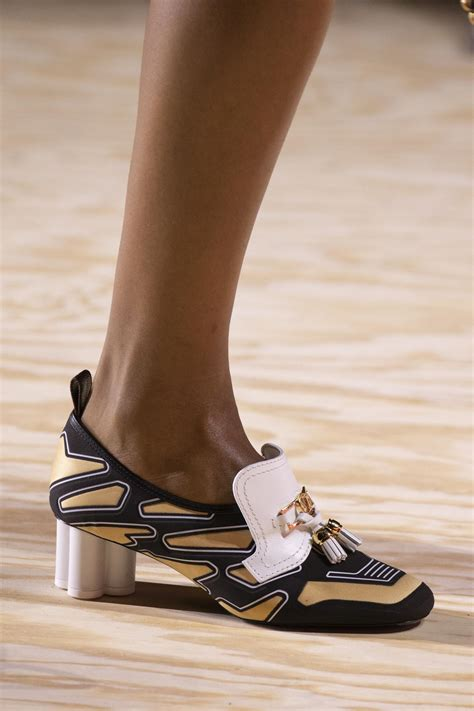 louis vuitton spring summer  womens collection details  skinny beep