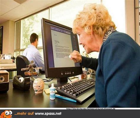 bei computerkursen fuer senioren sollte der kursleiter