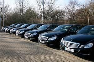 Mit Wagen Job : fuhrpark taxi schwarz essen taxifahrten ~ Kayakingforconservation.com Haus und Dekorationen
