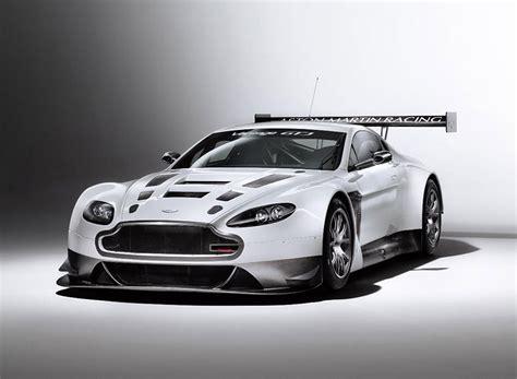 Aston Matin Car : 2012 Aston Martin V12 Vantage Gt3