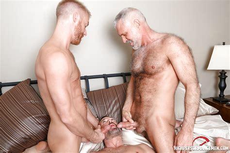 Mature Gay Threesome 7 Pics Xhamster