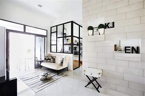 stylish open concept homes     glass panels
