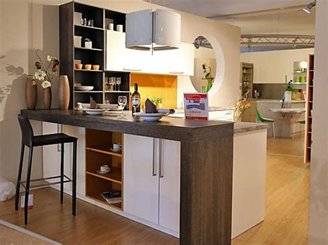 Rational-musterküche Zeitlose L-küche Mit Thekenlösung Zum