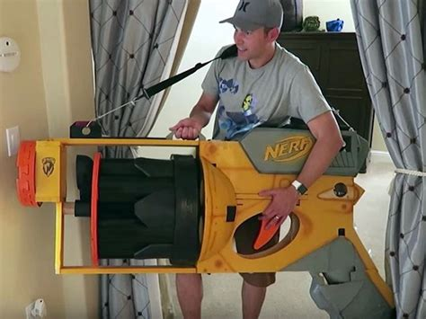 Behold the world's largest Nerf gun in action - CNET